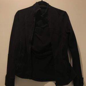 black lululemom jacket